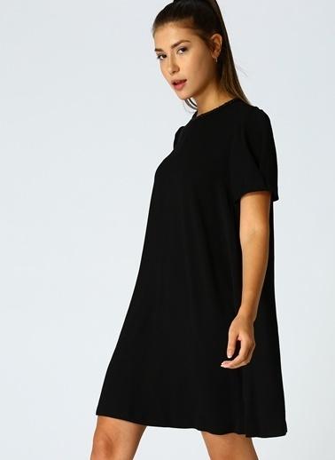 Beymen Studio Beymen Studio İşlemeli Yaka Siyah Elbise Siyah